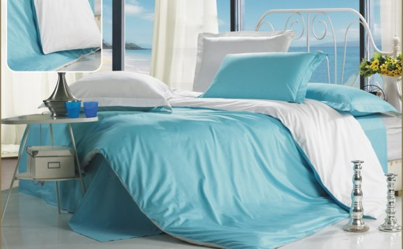 Однотонное постельное бельё из