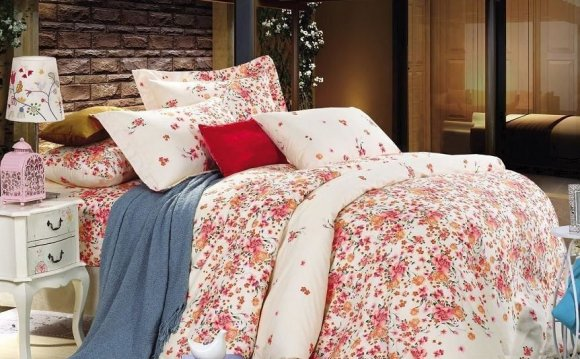 Постельное белье с цветами